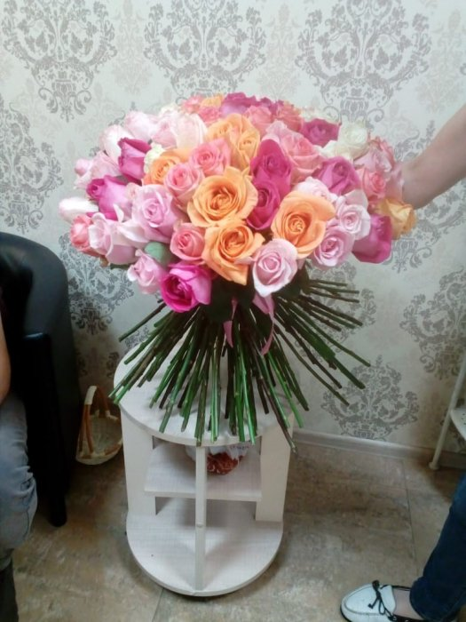 Доставка цветов спб поштучно
